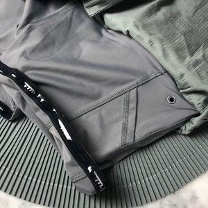 lululemon athletica Skirts - New lululemon skirt Pleat to Street  III size 6